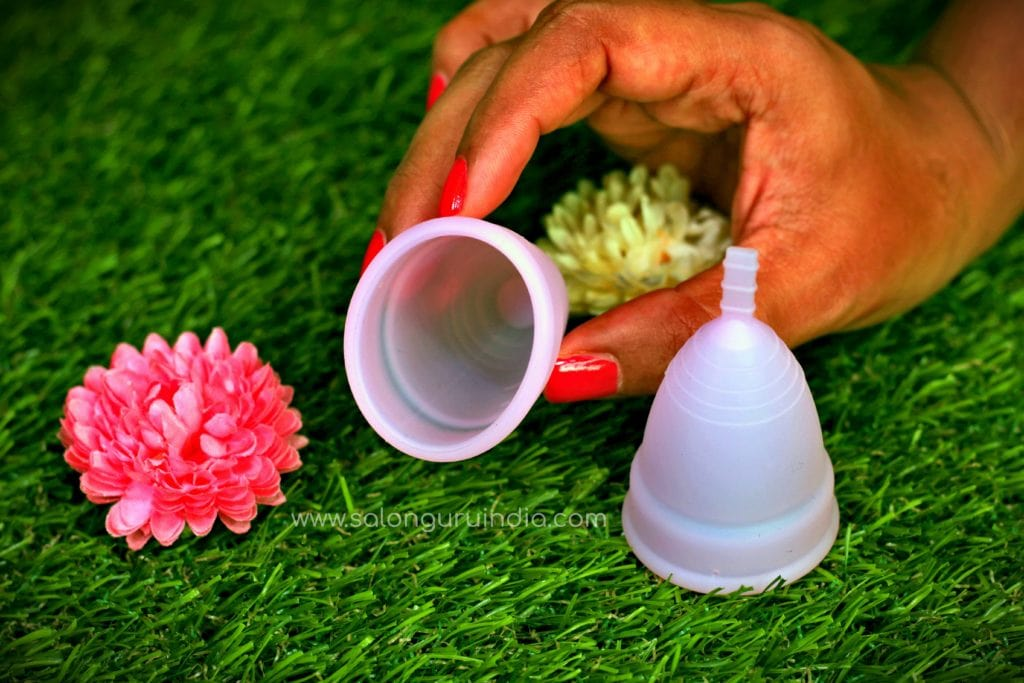 how to wear menstrual cup