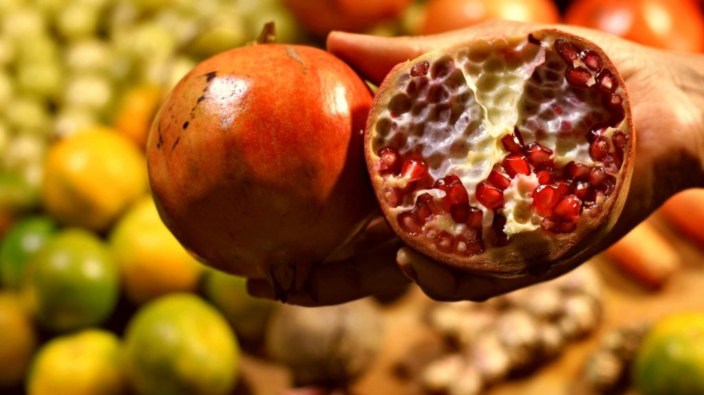 pomegranate juice for hair growth